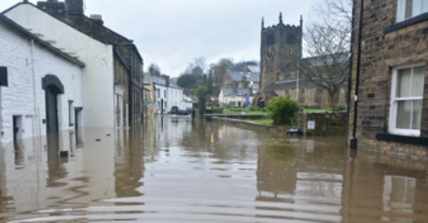Bingley Floods, Bradford 2015. Image by Chris Gallagher, UnSplash.