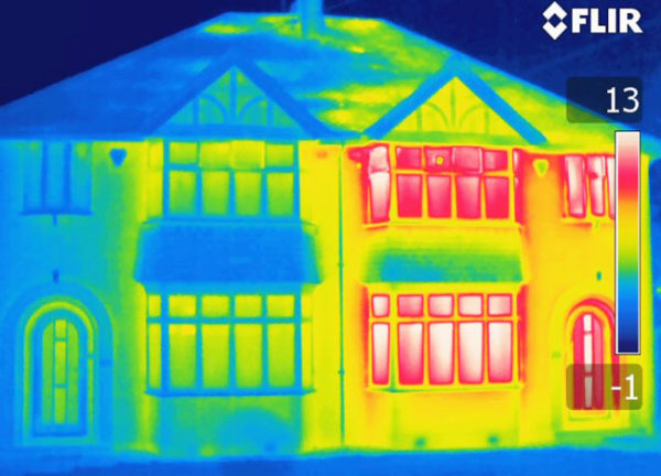 The energy performance of houses can differ substantially