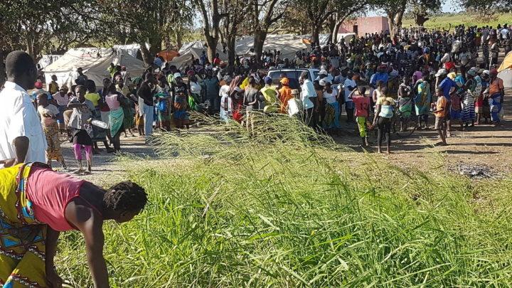 Cyclone IDAI displaced people in Zimbabwe by Marinho Nhambeto.