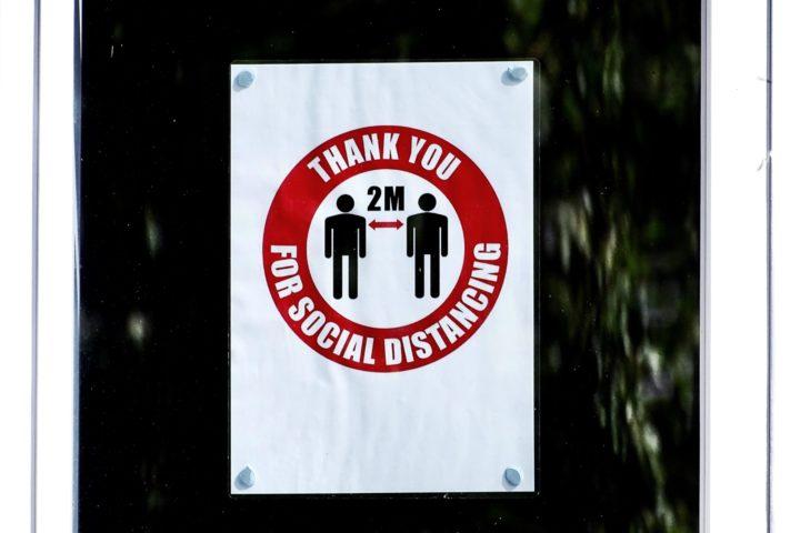 Social distancing | Belinda Fewings | Unsplash