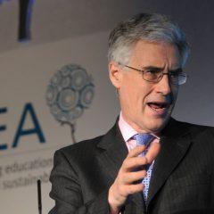 Experts: UK should set net zero emissions target