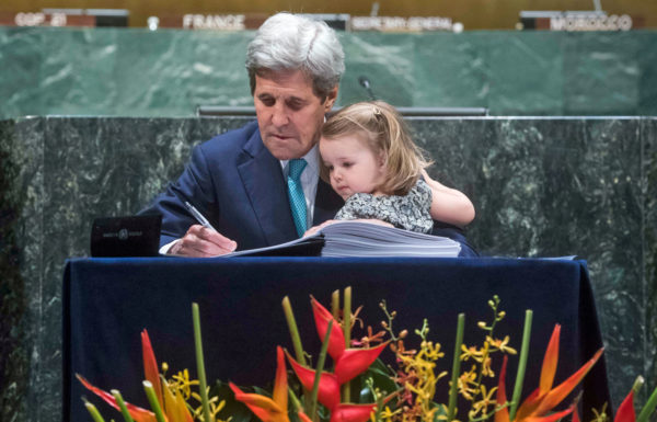 Secretary of State John Kerry signing the Paris Agreement on behalf of the U.S. Image: United Nations Photo, Creative Commons license